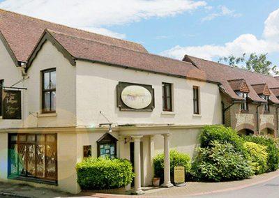 Best Western Plus Old Tollgate Restaurant & Hotel